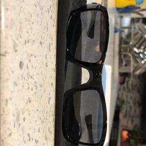 4cb1f7ecea Oakley Accessories - Oakley (4+1) squared...sunglasses excellent cond